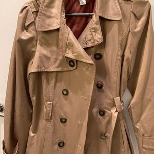 Lightweight Beige Coat